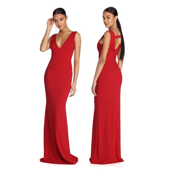 Windsor Dresses & Skirts - ‼️SOLD‼️ Windsor Miriam Lady In Red Gown